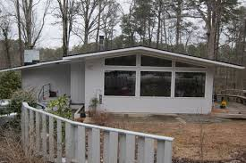 mid century modern exterior paint scheme