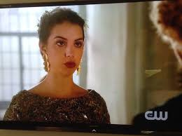 reign cw show hair weave beads 25 best reign queen mary dress images on pinterest queen mary