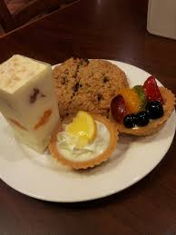 la madeleine bakery café alamo heights at 4820 broadway