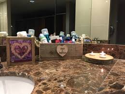 What To Put In Wedding Bathroom Basket Wedding Ideas And Tips Little Touches And Ideas Weddings