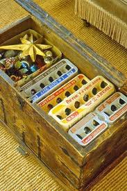 Christmas Decoration Storage Pinterest by 33 Best Holiday Storage Images On Pinterest Holiday Storage