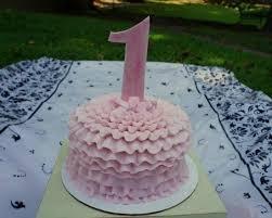 1 year old birthday cake picture of ain u0027t b u0027s bakery helen