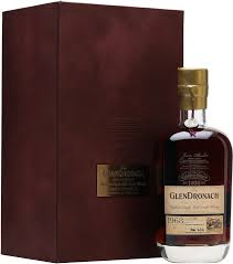 whisky glendronach 44 years old recherche 1968 gift box 0 7 l