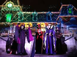 spirit halloween pay the magic of disneyland at halloween colleen houck