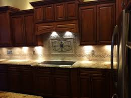 Unique Backsplash Medallions Kitchen For Photos Bathroom F To Design - Kitchen medallion backsplash