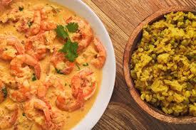 cuisine indienne riz cuisine indienne crevettes en sauce et riz à gingembre avec le