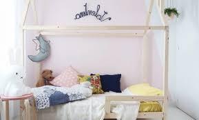 cabane fille chambre décoration chambre fille lit cabane 28 bordeaux chambre fille