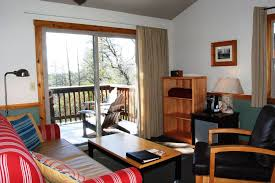 one bedroom cottages evergreen lodge