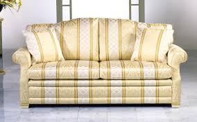 Wohnzimmer Couch Kaufen Sofas Im Landhausstil Herrliche Auf Wohnzimmer Ideen Auch Sofa