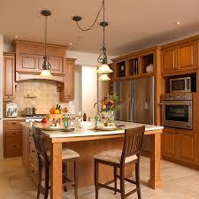 cuisines bois massif cuisines beauregard cuisine réalisation 170 cuisine classique en