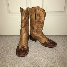 lucchese s boots size 11 67 lucchese shoes beautiful barely used lucchese cowboy