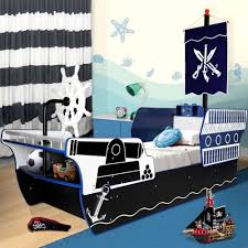 Pirate Ship Bed Frame Unique And Cool Pirate Ship Toddler Bed For Boy Modern Unique