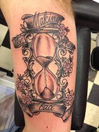 broken hourglass tattoo designs hourglass tattoos u2013 designs and