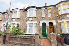 Bedroom House Portico 3 Bedroom House To Rent Under Offer In Walthamstow