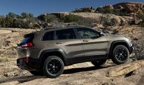 jeep eagle lifted uautoknow net all new 2014 jeep cherokee set to tackle mid size