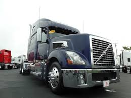 volvo 18 wheeler commercial border truck sales