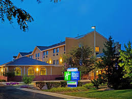 holiday inn express u0026 suites chicago oswego hotel by ihg