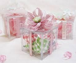 www jenlyfavors com diy gingham baby shower favor box with