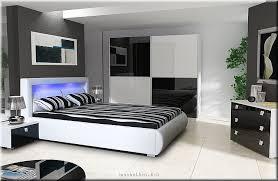komplet schlafzimmer schlafzimmer komplett hochglanz weiss schwarz schrank bett mit