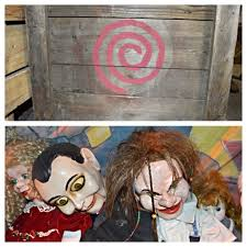 top six hidden references in halloween horror nights 2013