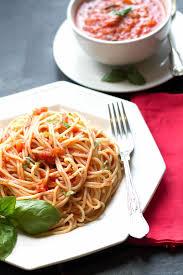 quick u0026 easy tomato basil pasta sauce erren u0027s kitchen