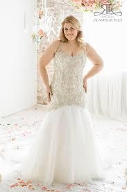 curvy wedding dresses the best wedding dress styles for the curvy