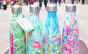 starbucks lilly pulitzer swell total sorority move lilly pulitzer and starbucks are collaborating