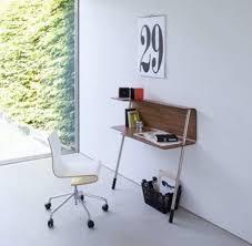 mini bureau un mini coin bureau au mur pour travailler chez soi ubergizmo