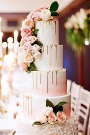 18 delicious and trendy drip wedding cakes see more http