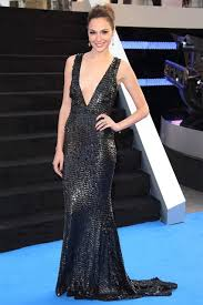 A 1 Carpet Gal Gadot U0027s Style In Pictures Gal Gadot Wonder Woman And Celebrity