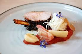 commis de cuisine strasbourg guillaume nierenberger livre sa recette de carré de porc au sésame