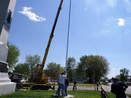 Flag Pole Workout Fall River Veterans And Volunteers Are Seen Erecting A Historic