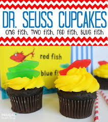 dr seuss cupcakes dr seuss cupcakes one fish two fish