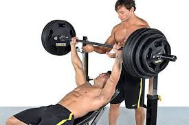 How To Do A Incline Bench Press How To Create The Ultimate Upper Chest Workout
