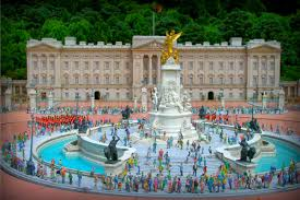 the buckingham palace repairs a royal rip off socialist appeal