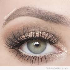 soft shimmery eye makeup for green eyes