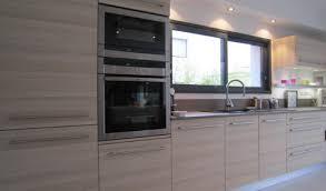 stratifié dans cuisine cuisine aménagée réalisations nantes herblain