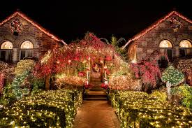 see the completely outrageous dyker heights holiday lights curbed ny