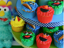 sesame cupcakes sesame cupcake tutorial cakecentral
