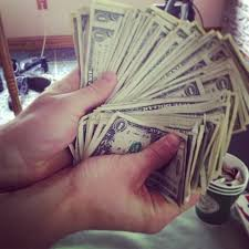 hair stylist salary 2015 cosmetologist salary what to expect