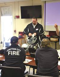 emergency responders conduct sports injury training at fort riley