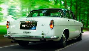 jaguar s type against a rover p5 coupe drive