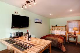 Classic Motel Rooms Cobble Mountain Lodge