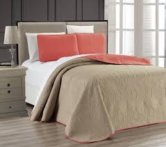 coral medallion reversible bedspread quilt set