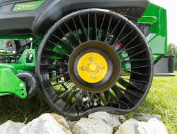 Airless Tires For Sale Car Tyre Used Michelin X Tweel Turf Airless Radial Tire Now Available