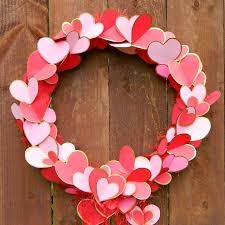 valentines day wreaths 14 diy heart and heart shaped wreaths for s day