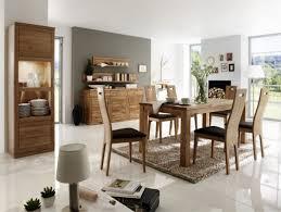 Wohnzimmer Und Esszimmer Farblich Trennen Wohn Und Esszimmer Gestalten Perfect Lampe Esszimmer Modern