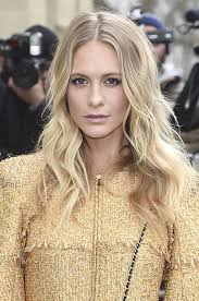 poppy delevingne shows off her long layered haircut at paris