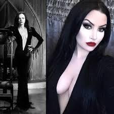 Adam Family Halloween Costumes 25 Addams Family Morticia Ideas Morticia