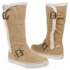 womens vans boots best 25 vans boots ideas on vans vans sneakers and